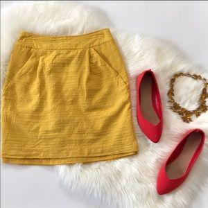 Forever 21 Beautiful Mustard Skirt w/ Pockets